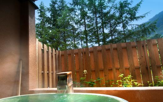 ゆの森の客室露天風呂