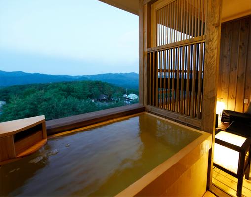 湯宿 季の庭の客室露天風呂